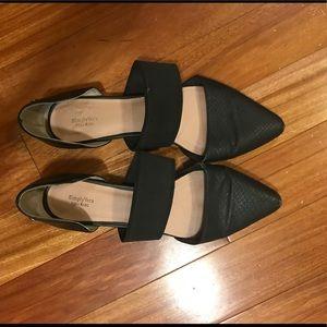 Simply Vera Vera Wang slide flats size 8